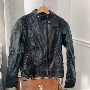 SUZY SHIER   Black and gold leather jacket size XS